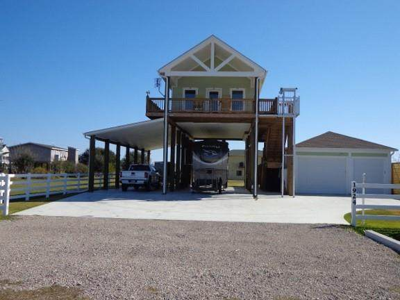 1924 Nelson Avenue, Port Bolivar, TX 77650 (MLS #69694839) :: Ellison Real Estate Team