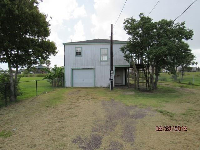 917 20th Street, San Leon, TX 77539 (MLS #70474437) :: The SOLD by George Team