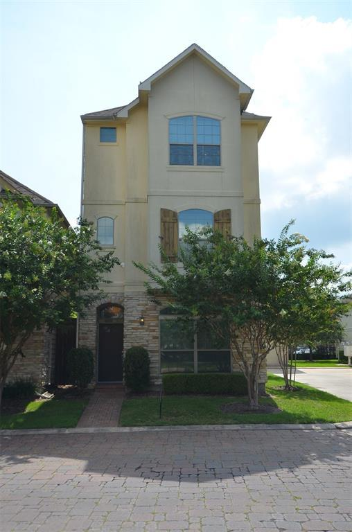 9103 Creekstone Lake Drive, Houston, TX 77054 (MLS #70933292) :: Caskey Realty
