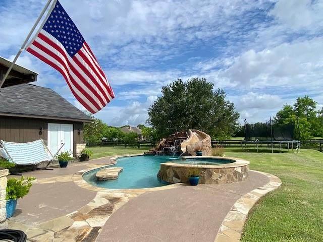 3700 Avenue F, Santa Fe, TX 77510 (MLS #70991971) :: Keller Williams Realty