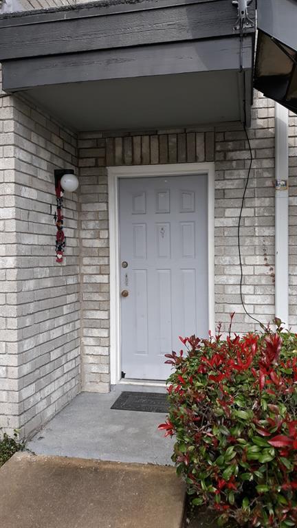 9700 Leawood Boulevard #607, Houston, TX 77099 (MLS #71303953) :: Giorgi Real Estate Group