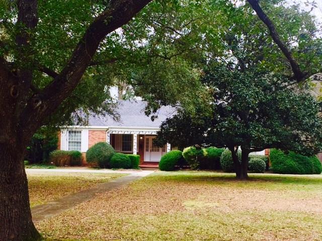 1003 E Redbud Avenue, Crockett, TX 75835 (MLS #71376635) :: Caskey Realty