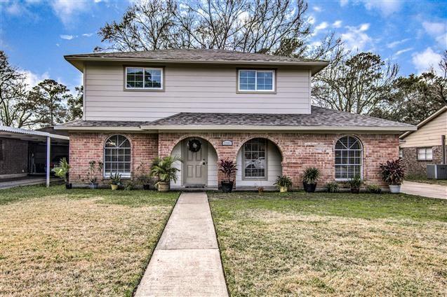 3703 Tompkins Dr, Baytown, TX 77521 (MLS #71482310) :: Texas Home Shop Realty