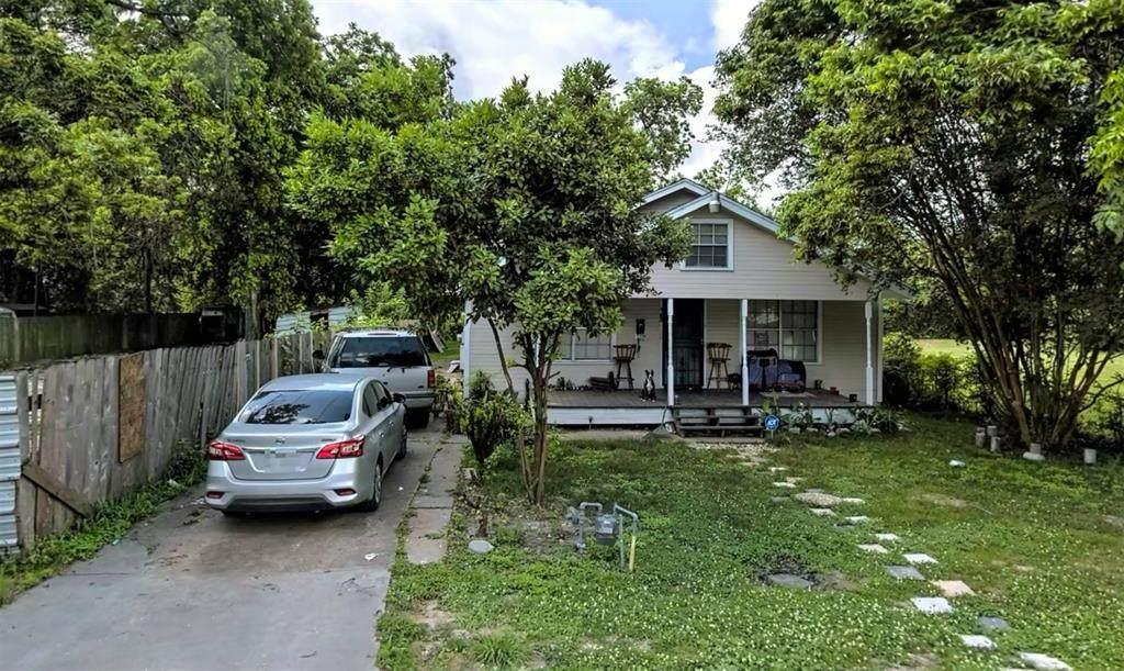 743 Granville Drive - Photo 1