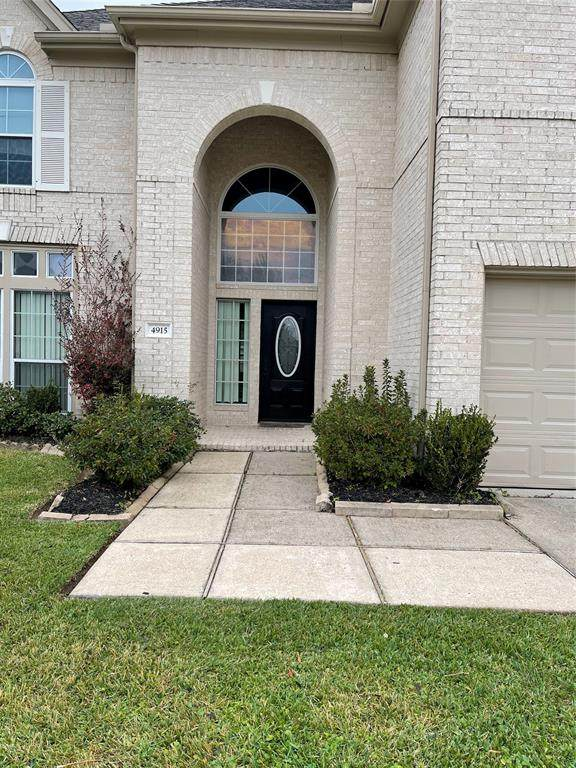 4915 Tallow Cove Drive, Baytown, TX 77521 (MLS #71674987) :: The Bly Team