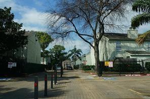 8714 Victorian Village Drive #8712, Houston, TX 77071 (MLS #71774485) :: The Sansone Group