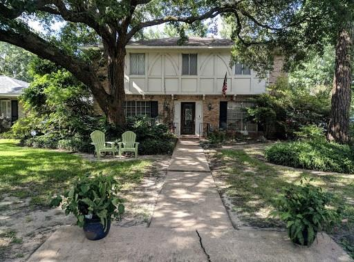 12439 Deep Spring Lane, Houston, TX 77077 (MLS #71804674) :: The Heyl Group at Keller Williams