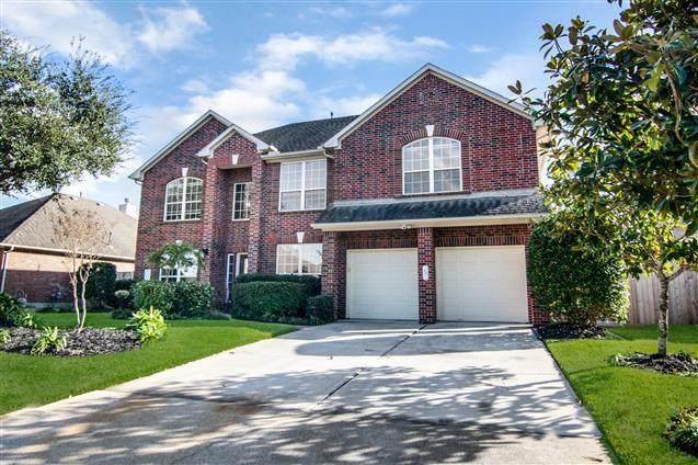 14502 Castle Cove Lane, Houston, TX 77044 (MLS #71836189) :: Ellison Real Estate Team