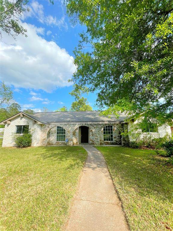 350 Magnolia Bend, New Caney, TX 77357 (MLS #71994513) :: The Sansone Group