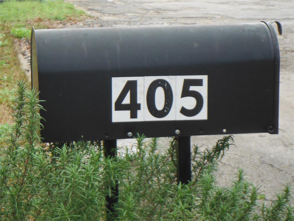 405 Cochran Street - Photo 1
