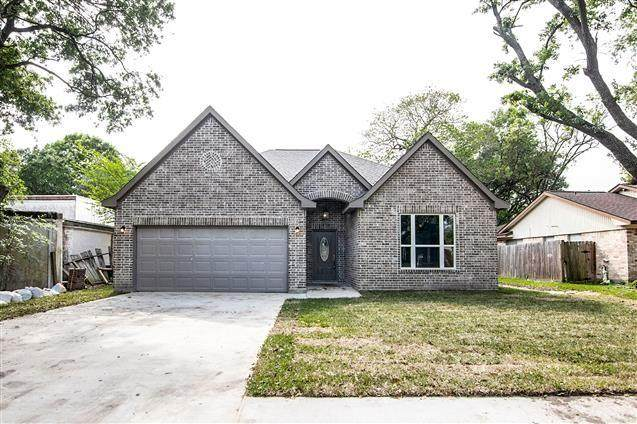 2608 Cherry Lane, Pasadena, TX 77502 (MLS #72335193) :: The SOLD by George Team