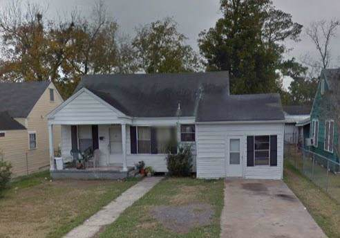 2848 Amarillo Street, Beaumont, TX 77701 (MLS #72479330) :: Texas Home Shop Realty