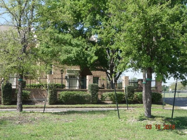 600 Wilcrest Drive #54, Houston, TX 77042 (MLS #72498403) :: REMAX Space Center - The Bly Team