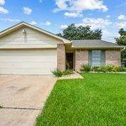 7302 Caracas Drive, Houston, TX 77083 (MLS #72499156) :: The SOLD by George Team