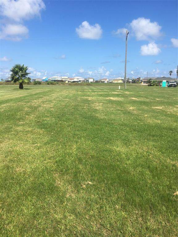 Lot 3 Doubloon Drive, Freeport, TX 77541 (MLS #72842229) :: The Heyl Group at Keller Williams