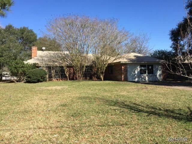 3430 Bluehaven Hill Circle, Brenham, TX 77833 (MLS #73057304) :: Christy Buck Team