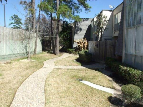 16120 Stuebner Airline Road #108, Spring, TX 77379 (MLS #7323245) :: Ellison Real Estate Team
