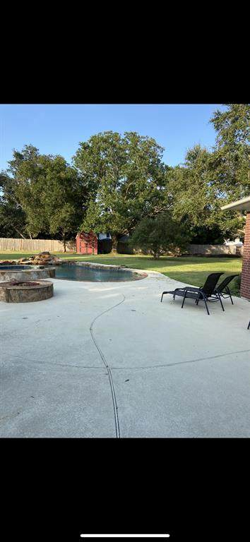 3238 County Road 536A, Alvin, TX 77511 (MLS #73489150) :: The Freund Group