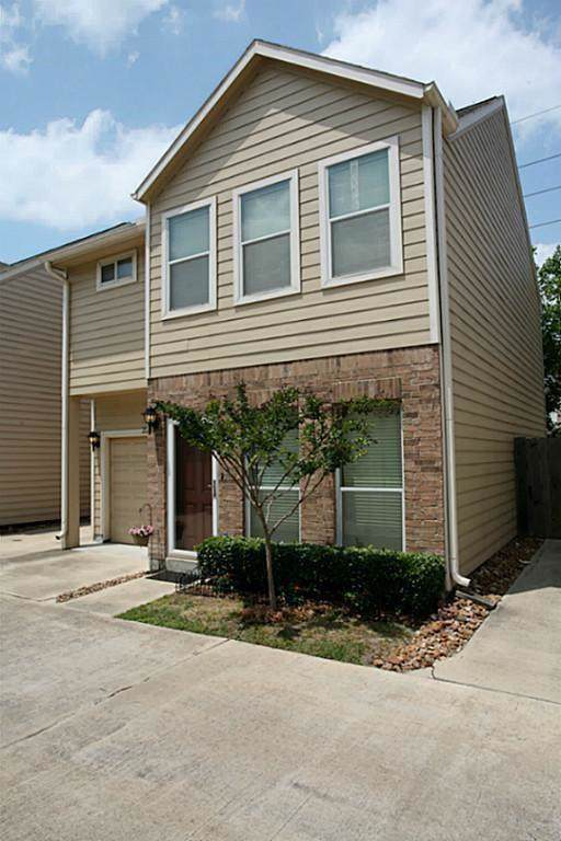 2235 Naomi Street, Houston, TX 77054 (MLS #73724940) :: Caskey Realty