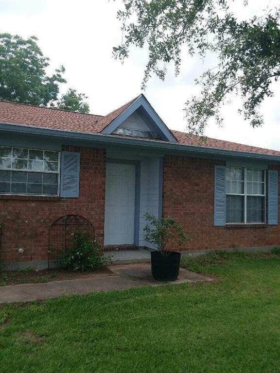 6903 Rose Road, Beasley, TX 77417 (MLS #73899280) :: Guevara Backman