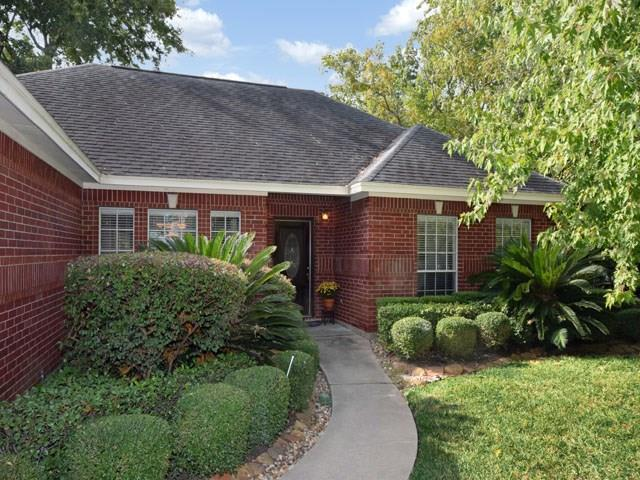 227 La Costa Drive, Montgomery, TX 77356 (MLS #7391565) :: The Queen Team