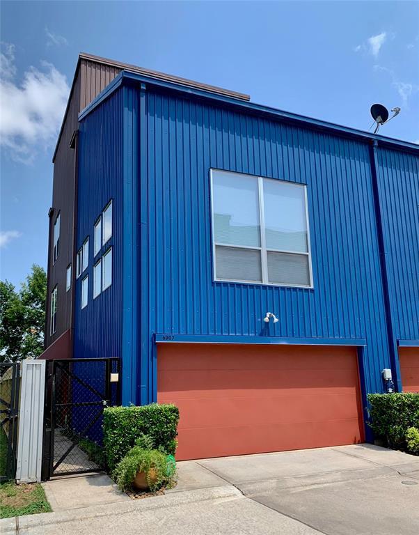 6907 Yellowstone Way Drive, Houston, TX 77054 (MLS #74056255) :: Texas Home Shop Realty