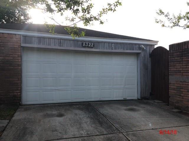 8322 Autumn Wind Drive, Houston, TX 77040 (MLS #7456955) :: Giorgi Real Estate Group