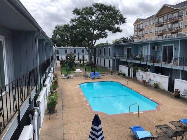 1901 S Voss Road #11, Houston, TX 77057 (MLS #74941897) :: Lerner Realty Solutions