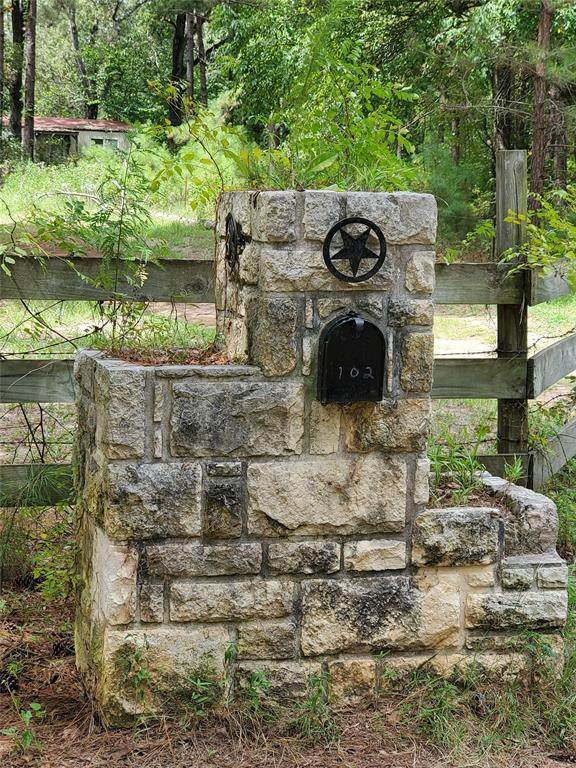 102 Love Loop, Richards, TX 77873 (MLS #7517015) :: The Home Branch