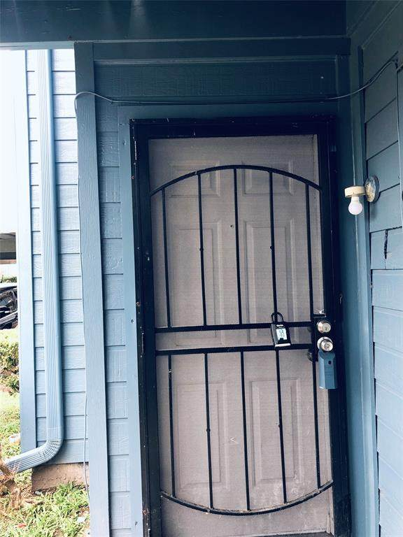 10001 Westpark Drive #59, Houston, TX 77042 (MLS #75209035) :: The Home Branch