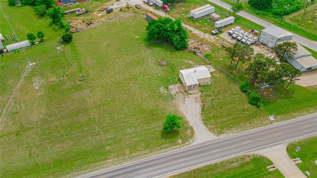 1425 State Highway 75 - Photo 1
