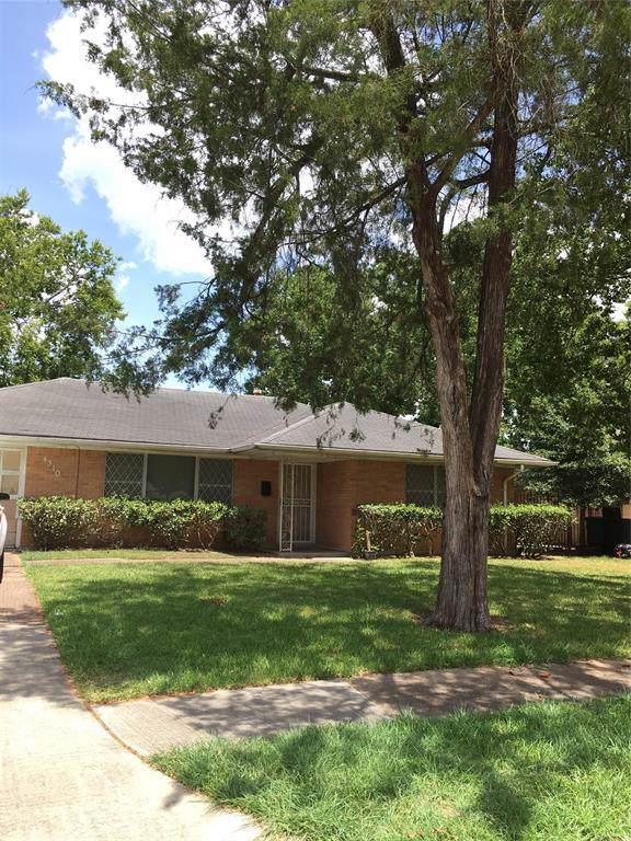 4310 Ebbtide Drive, Houston, TX 77045 (MLS #75520711) :: The Heyl Group at Keller Williams