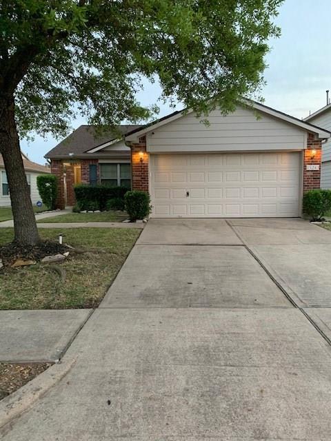 15243 Lynford Crest Drive, Houston, TX 77083 (MLS #75815139) :: Texas Home Shop Realty