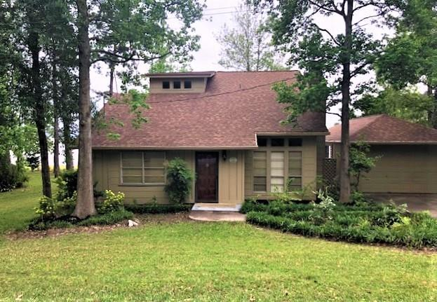 306 Lakefront Drive, Onalaska, TX 77360 (MLS #76051528) :: The Heyl Group at Keller Williams