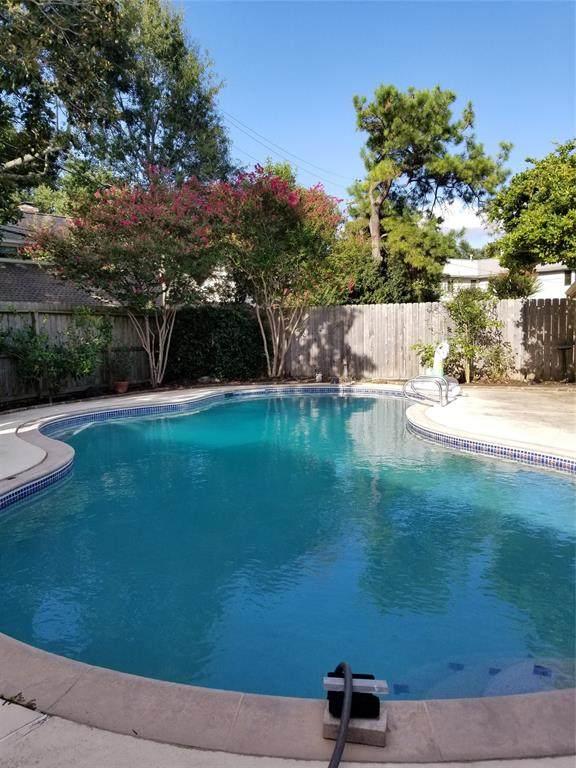 5818 Picasso Place, Houston, TX 77096 (MLS #76374739) :: Ellison Real Estate Team