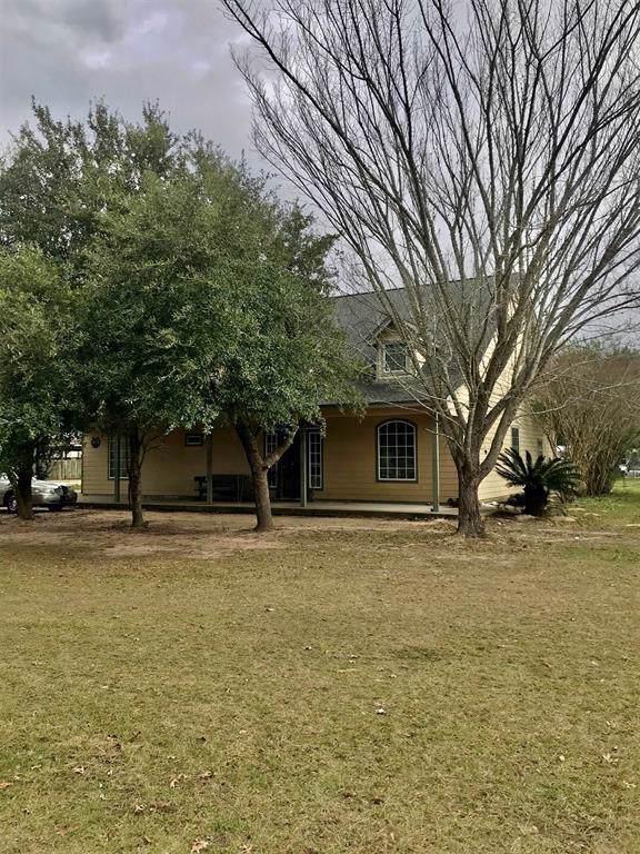 8781 Crockett Martin Rd Road, Conroe, TX 77306 (MLS #76468644) :: The Heyl Group at Keller Williams