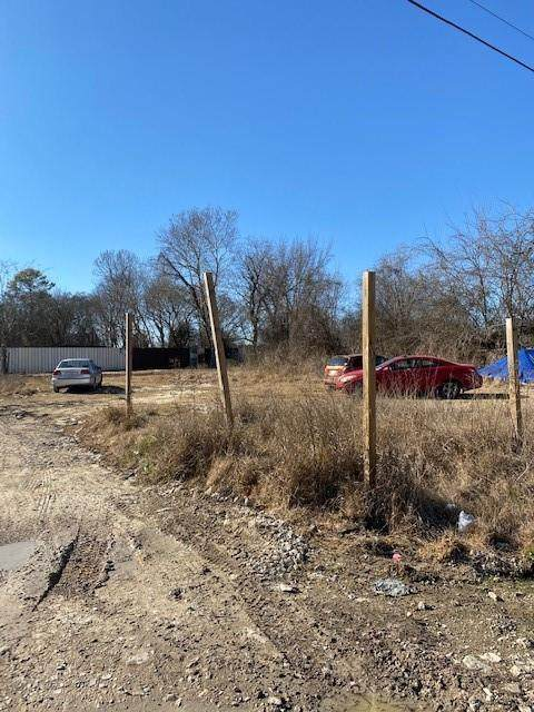 000 Golden Forest Drive, Houston, TX 77091 (MLS #76673064) :: Caskey Realty
