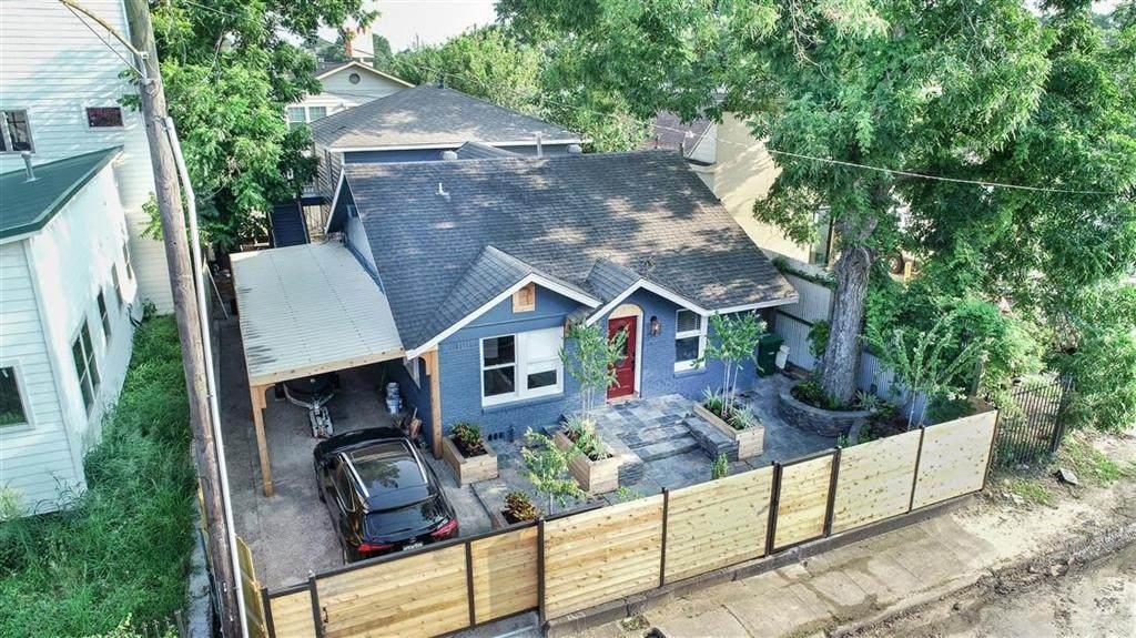 605 Cottage Street - Photo 1