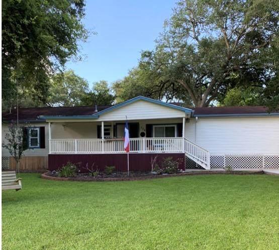 126 Dutch Lake Court Court, Oyster Creek, TX 77541 (MLS #76846026) :: Keller Williams Realty