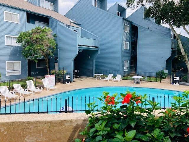 12500 Melville Drive 130C, Montgomery, TX 77356 (MLS #76914707) :: All Cities USA Realty