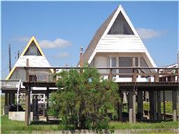 2814 Swan Court, Surfside Beach, TX 77541 (MLS #77029566) :: Caskey Realty