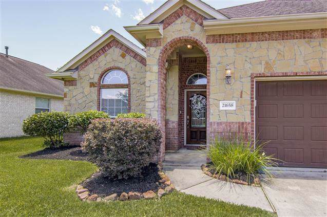 21658 Horseshoe Drive Drive, Porter, TX 77365 (MLS #77344359) :: The Bly Team