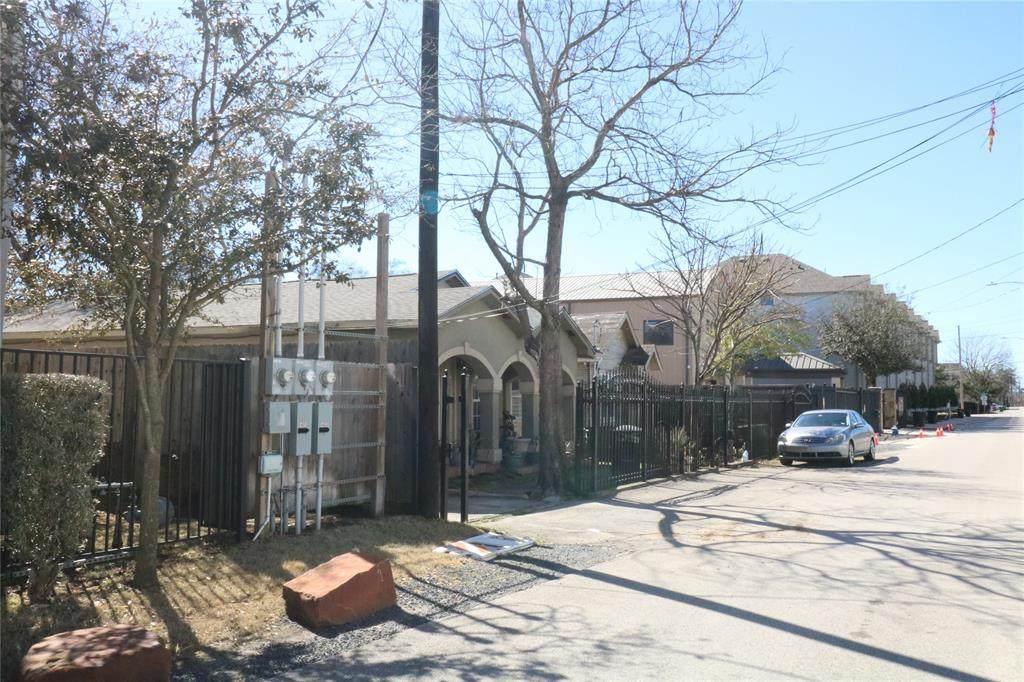 4113 Allen Street - Photo 1