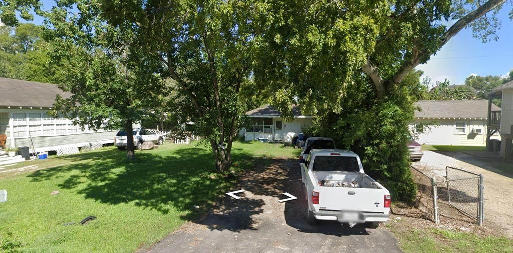 118 Bay Oaks Drive - Photo 1