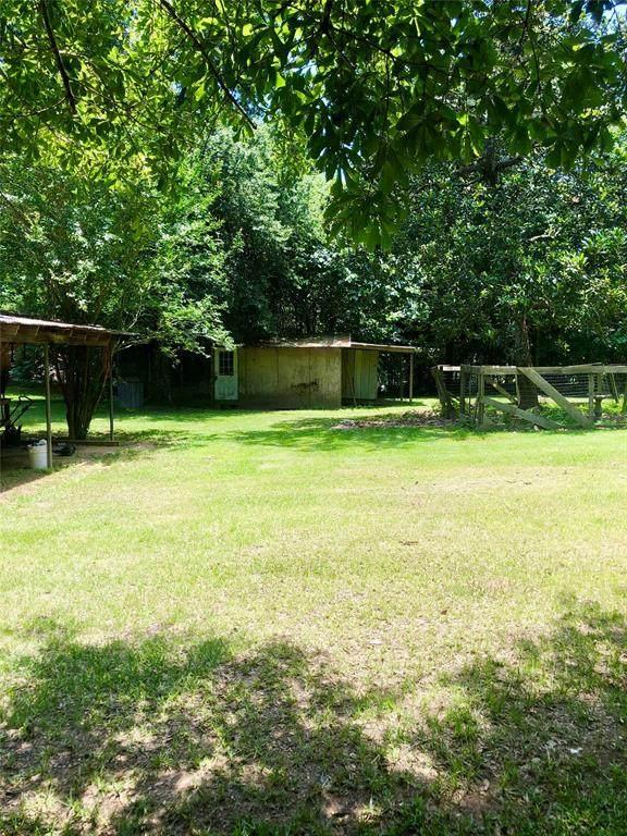 382 Road 2737, Rye, TX 77369 (MLS #77879218) :: Christy Buck Team