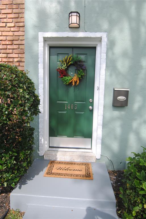 1403 Ramada Drive #1403, Houston, TX 77062 (MLS #77960564) :: Magnolia Realty