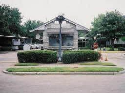 9797 Leawood Boulevard #1005, Houston, TX 77099 (MLS #78033302) :: Michele Harmon Team
