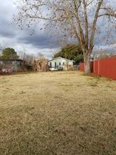 204 E Republic Avenue, Baytown, TX 77520 (MLS #78060060) :: Ellison Real Estate Team
