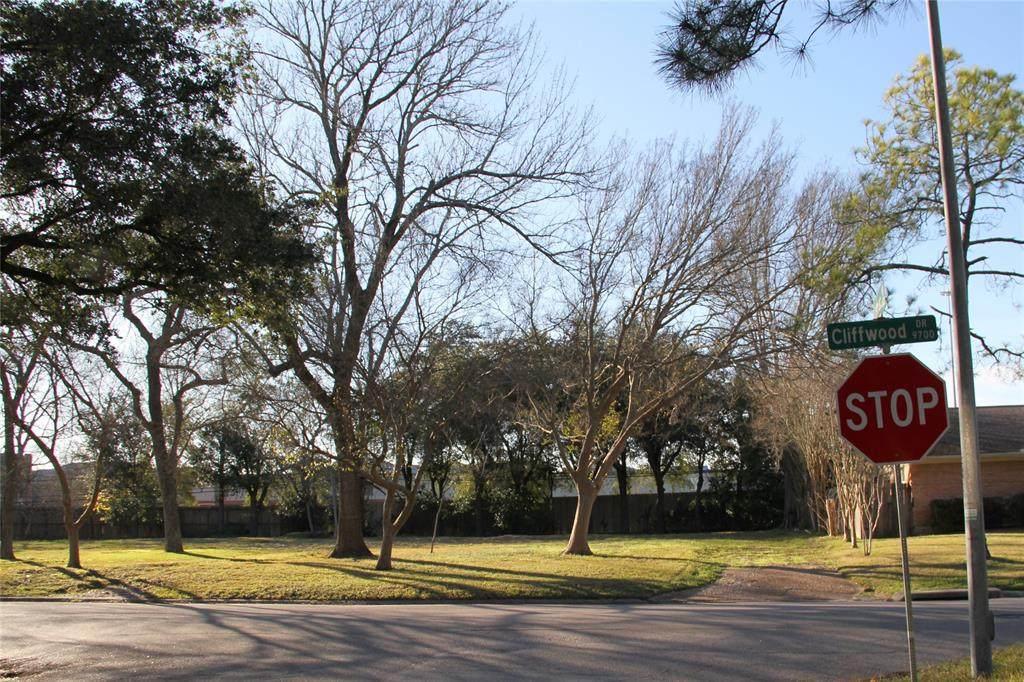 9702 Cliffwood Drive - Photo 1
