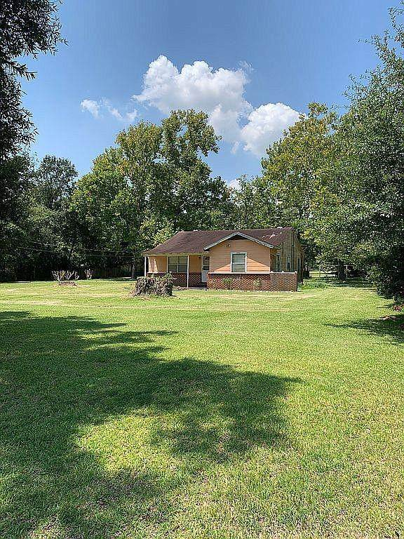 3503 Mckinney Road, Baytown, TX 77521 (MLS #78283757) :: Lerner Realty Solutions